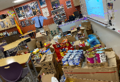 NRHS Students Surpass Goal in Food Drive