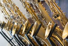 Photo of wind instrument; saxophone