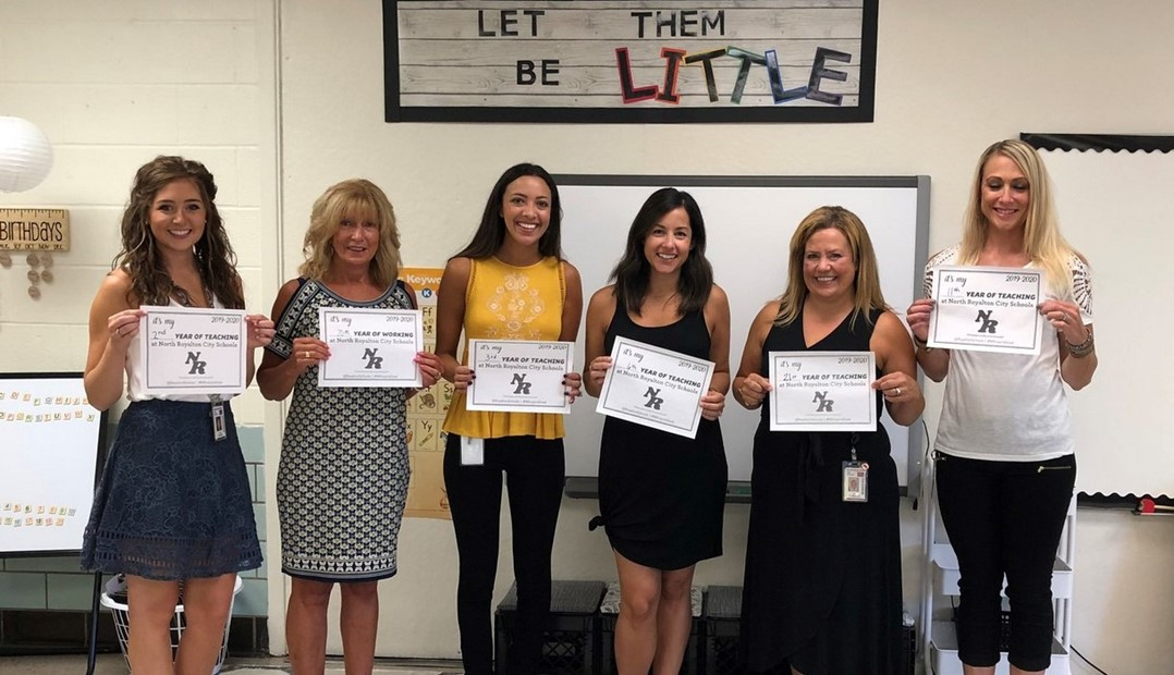 Royal View teachers first day of school