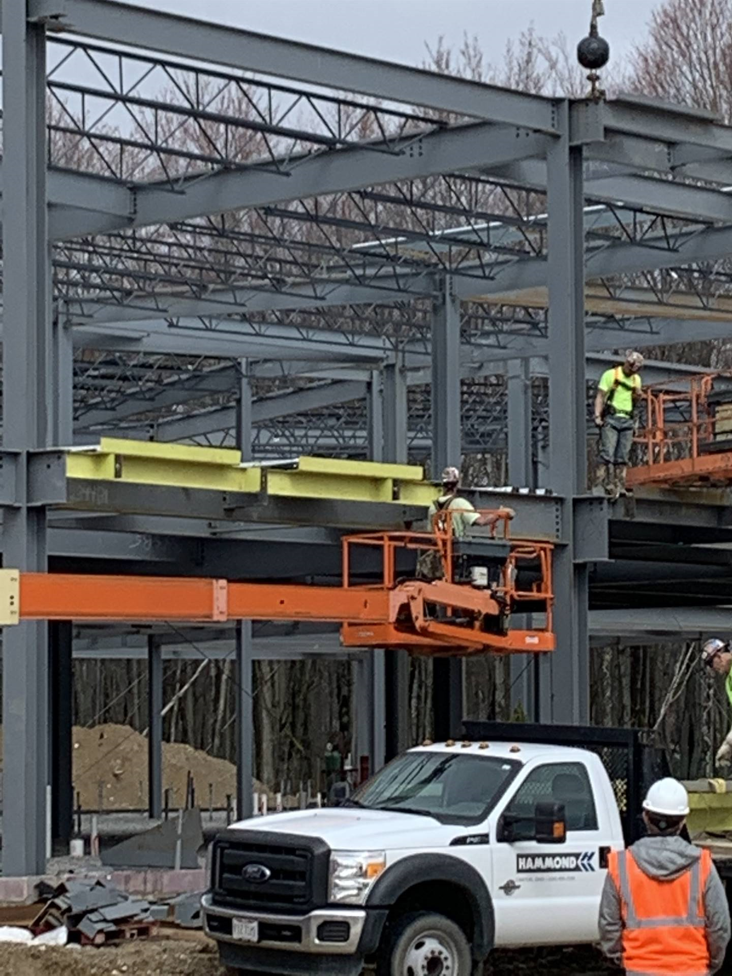On April 8, the final beams were set in place at the new North Royalton Elementary School. These yel